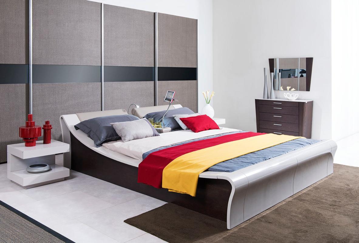 lacquered graceful leather elite platform bed miami. Black Bedroom Furniture Sets. Home Design Ideas