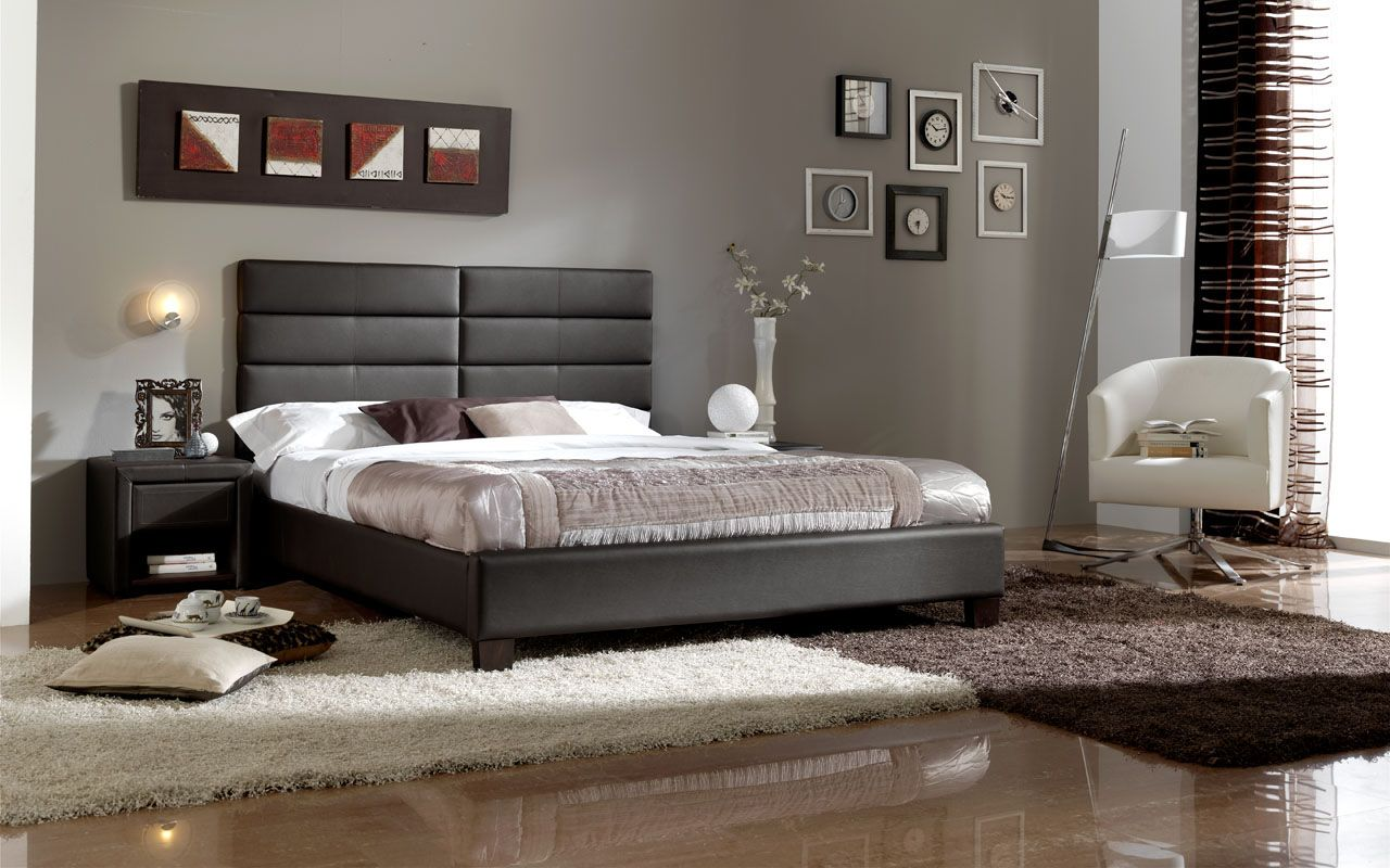 Made in Spain Leather High End Platform Bed Los Angeles