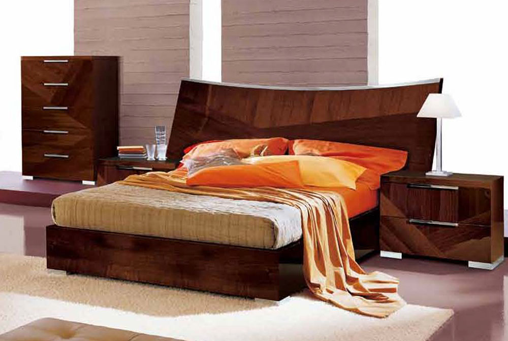 Elegant Quality Platform And Headboard Bed Memphis