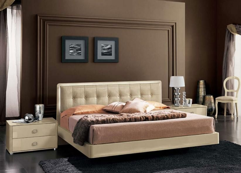 Lacquered Made In Italy Leather High End Platform Bed