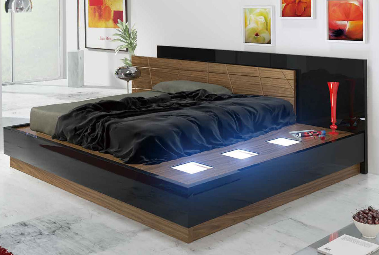 black and red lacquered wood high end platform bedroom | Modern, luxury and Italian beds. Lift up platform storage beds