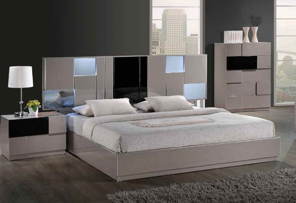 Elegant Quality High End Platform Bed Milwaukee Wisconsin GFBIAN