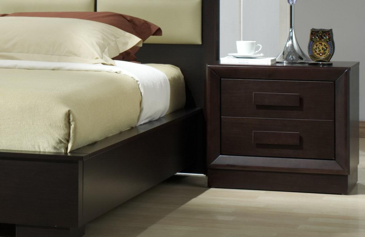 Unique leather platform and headboard bed fort wayne for Unique platform beds