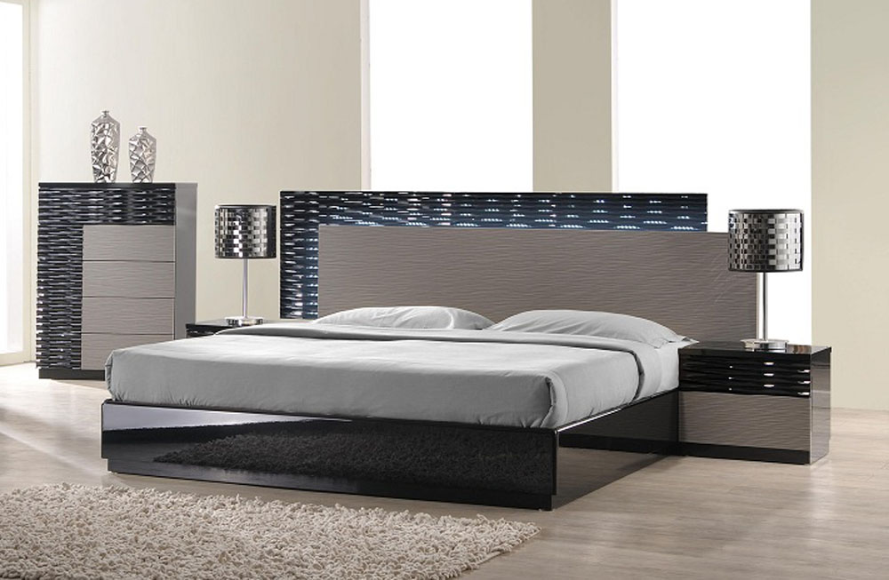 Lacquered italian design wood high end platform bed High end bedroom design