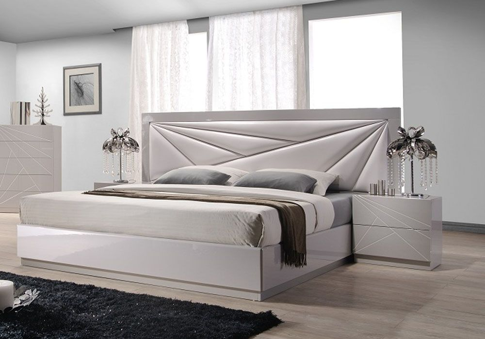 Lacquered leather modern platform bed with extra storage for Design of bed furniture