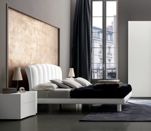 Made in Italy Leather Modern Platform Bed with Optional Storage System - Click Image to Close