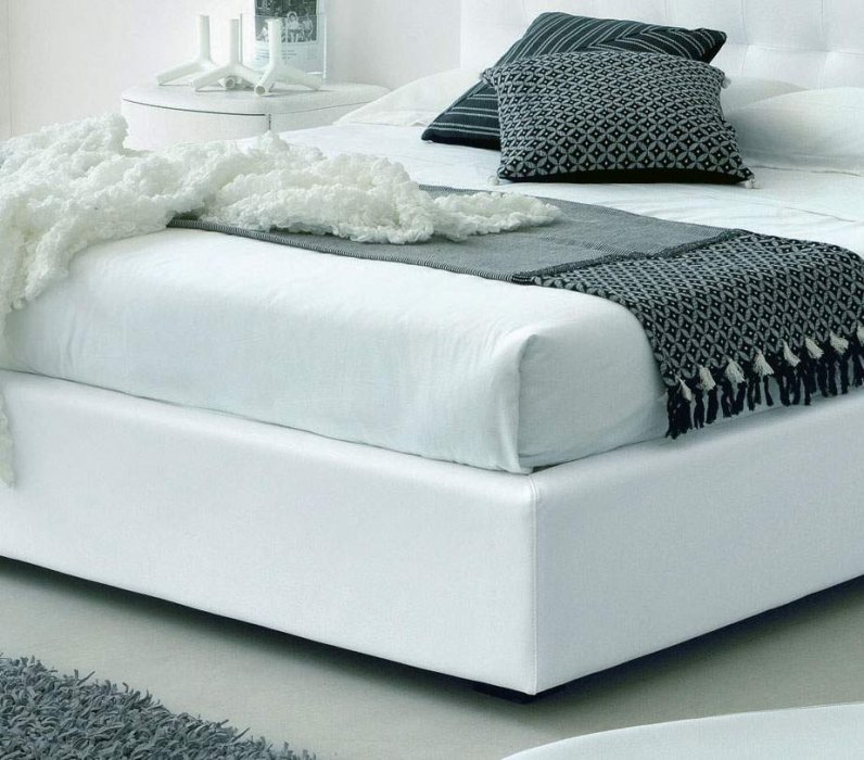 Made in italy leather luxury platform bed rancho cucamonga california vsmalive - Luxury platform beds ...