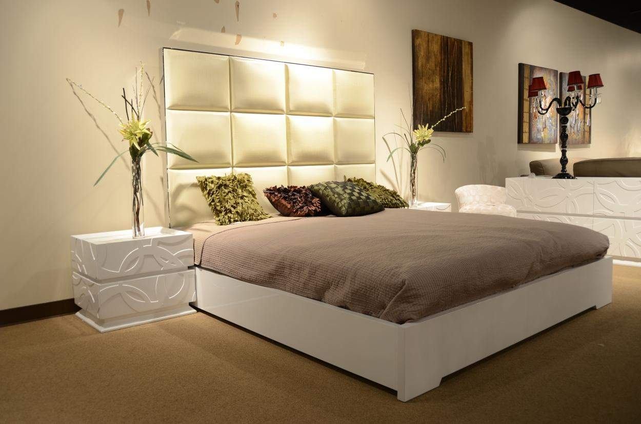 Made in italy leather luxury platform bed oakland california v8c004 - Luxury platform beds ...