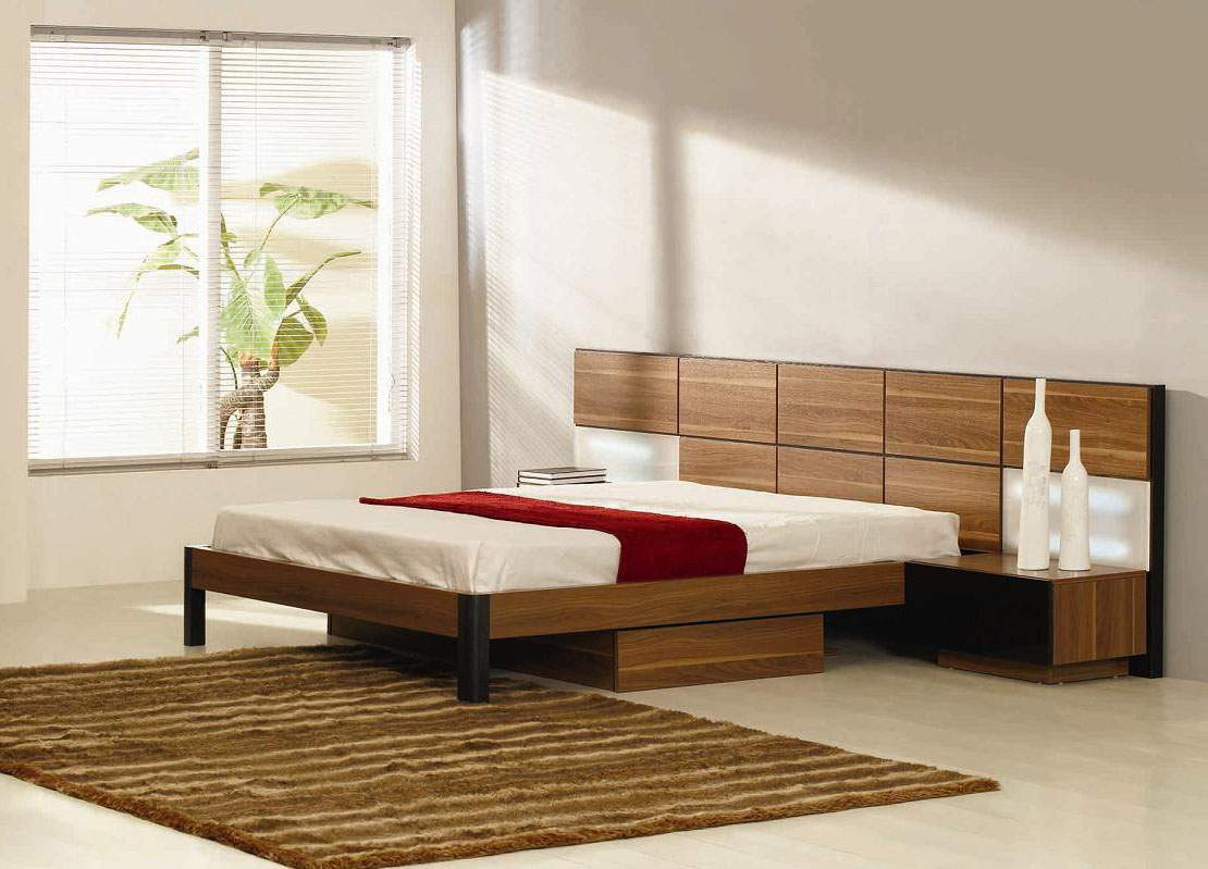 Italian Quality Wood High End Platform Bed With Extra