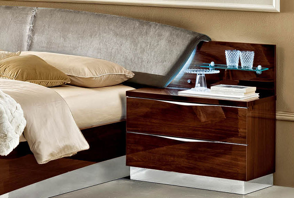 Made In Italy Wood Elite Platform Bed With Extra Storage