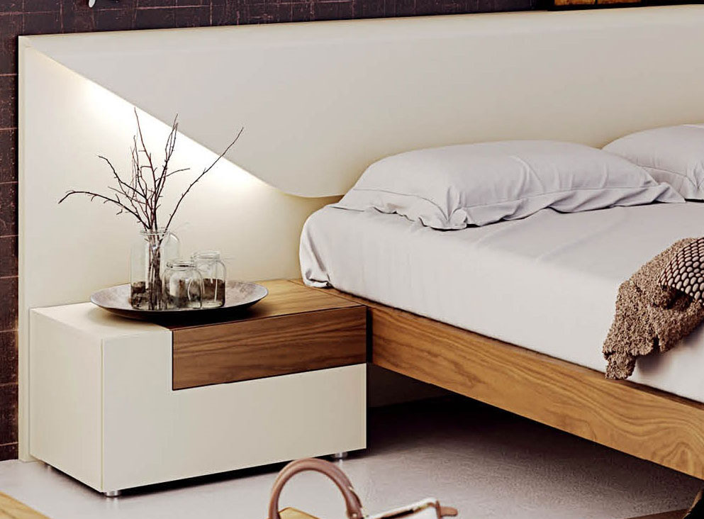 lacquered made in spain wood luxury platform bed fort 19238 | white on real wood walnut bed esfelena 01