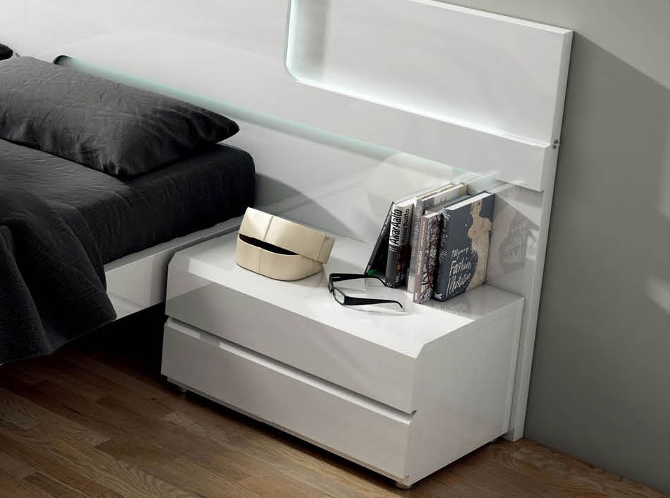 Lacquered Made in Spain Wood Modern Platform Bed with Extra Storage - Click Image to Close